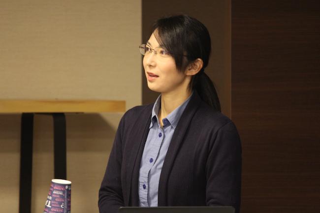 講義中の川口幹子さん